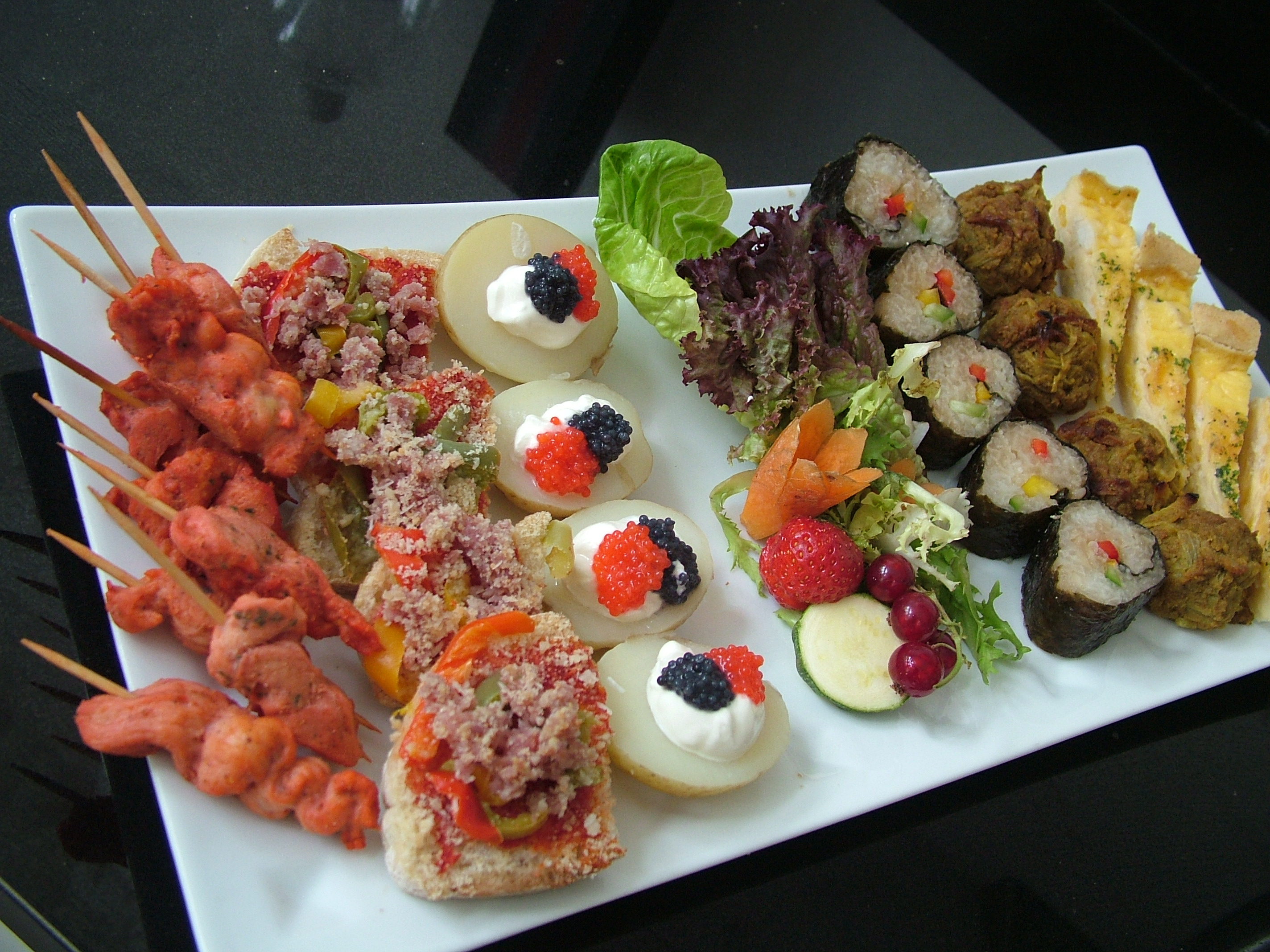 Ubp indian wedding catering london indian wedding for Hot canape ideas